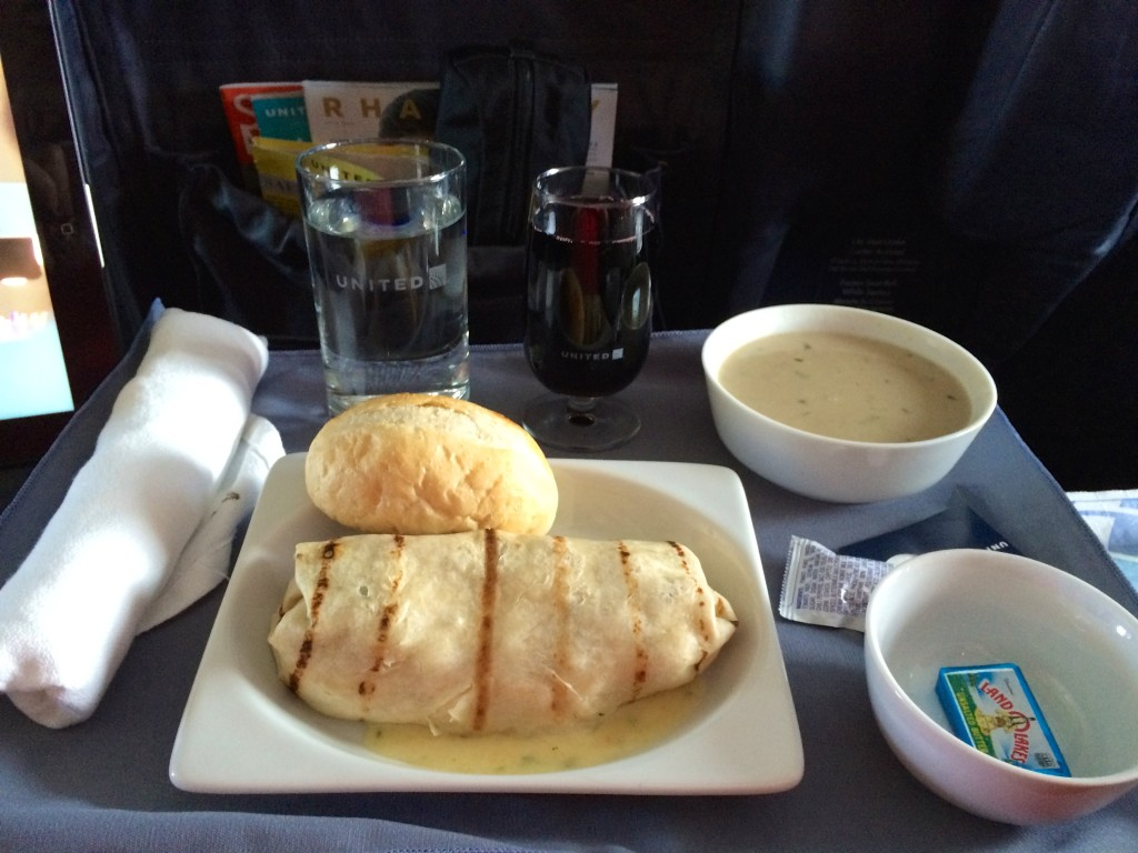 Very unappetizing lunches in the Chinese pilot Jao da