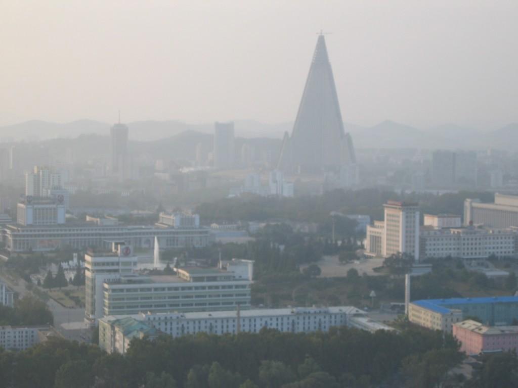 dprk-1239-B-pyongyang skyline