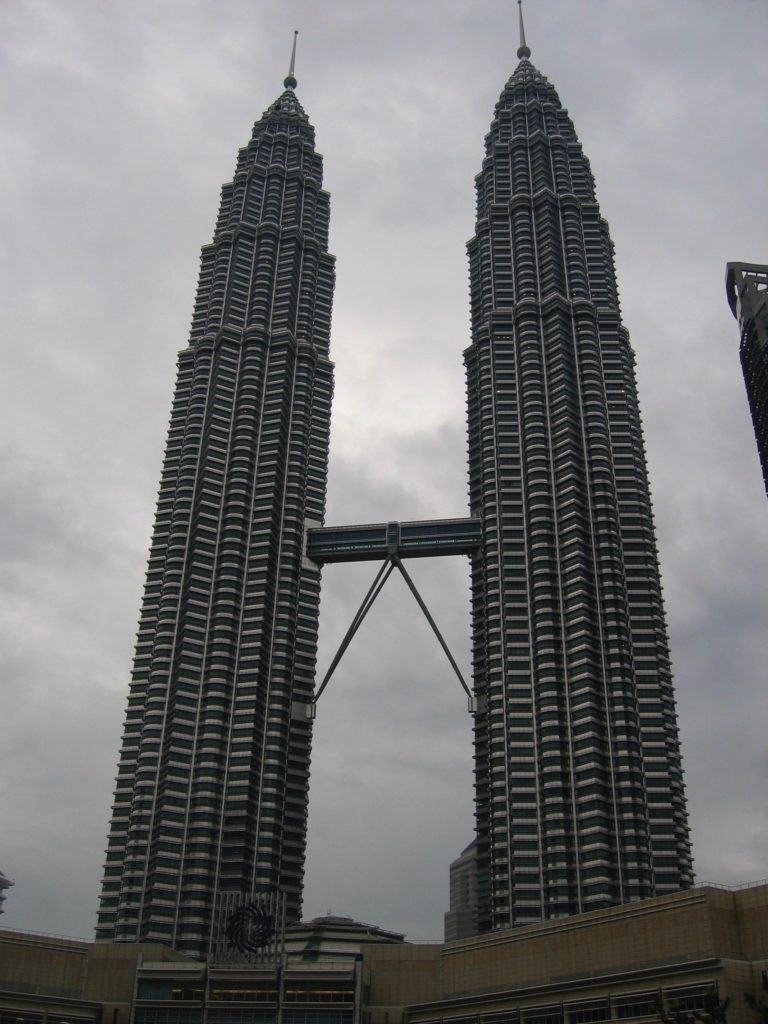 oz2004-063-kl petronas twin towers
